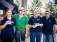 Tanja, Andi, Sonja, Werner sorgen für ihr Wohl - ABBA - The Real Tribute Bergwelle in Mariazell am 28. August 2015
