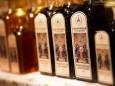 Kräuterliköre vom nachweislich ältesten Likörerzeuger Mariazells, der Apotheke zur Gnadenmutter - Hüttenstand Nr. 17 - Mariazeller Advent 2013