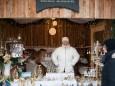 Handarbeit aus Mariazell Adventhütte - Angebot beim Mariazeller Advent 2011