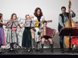 Saskia Scheikl, Lara Ofner, Eva Bröderbauer, Philipp Fluch, Anna Fluch - Adventkonzert Musikschule Mariazell 2011 im Volksheim Gußwerk