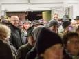 NR Erwin Spindelberger unter den Besuchern - Barbara im Berg - Barbarafeier im Wetterinstollen - Advent 2014