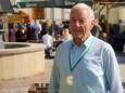 Willi Gaulhofer -  hat bei der Steirischen Honigprämierung unter 1200 Mitbewerbern den 1. Preis für seinen Waldblütenhonig bekommen. Steirisch-Niederösterreichischer Bauernmarkt in Gußwerk am 4. Oktober 2014