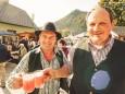 Vizebürgermeister Michael Wallmann und Organisator Hannes Reiter - Bauernmarkt in Gußwerk am 3. Oktober 2015