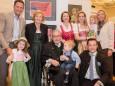 FAMILIE PIRKER - Bilderausstellung Matthias Pirker - Gerlinde Nitsche - Kunigunde Sommerauer im Raiffeisensaal Mariazell