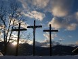 Kreuze am Kalvarienberg in Mariazell. Foto: Fritz Zimmerl