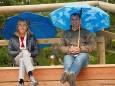 Publikum im Regen