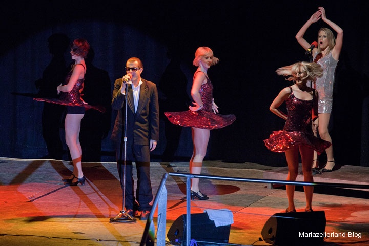 Tribute To Falco Michael Patrick Simoner Bei Der Bergwelle