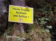 Die Versuchungen fand man sogar mitten im Wald - Fastenwanderungen mit Dr. Surböck bei der Saftfastenwoche im Herbst 2012 - Mariazellerland