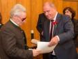 Siegfried Schneck bekommt das Ehrendiplom des Landes Steiermark. Mariazell - Gemeinderat Angelobung und Bürgermeister- und Stadtratwahl am 23.4.2015