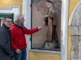 heimatmuseum-mariazell-statuen-eingangsnischen-3707