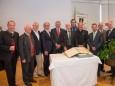 Mitglieder der Bundes- und Landesinnung der Tapezierer mit Helmut Pertl, Bgm. Josef Kuss und Landesrat Seitinger