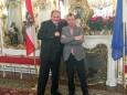 Delegation aus Mariazell übergibt Christbaum an den Bundespräsidenten Dr. Fischer in der Hofburg. Foto: Wolfram Doberer