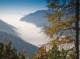 Blick ins Tal nach Seewiesen im Nebel