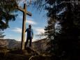 FRED beim SCHERTLERKREUZ_Mariazell - Hohlensteinhöhle - Bürgeralpe - Mariazell - Rundwanderung