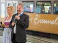 NÖVOG GF Dr. Gerhard Stindl  & Landesrat Mag. Karl Wilfing mit Moderatorin - Jungfernfahrt Himmelstreppe Panoramawagen am 27.6.2014