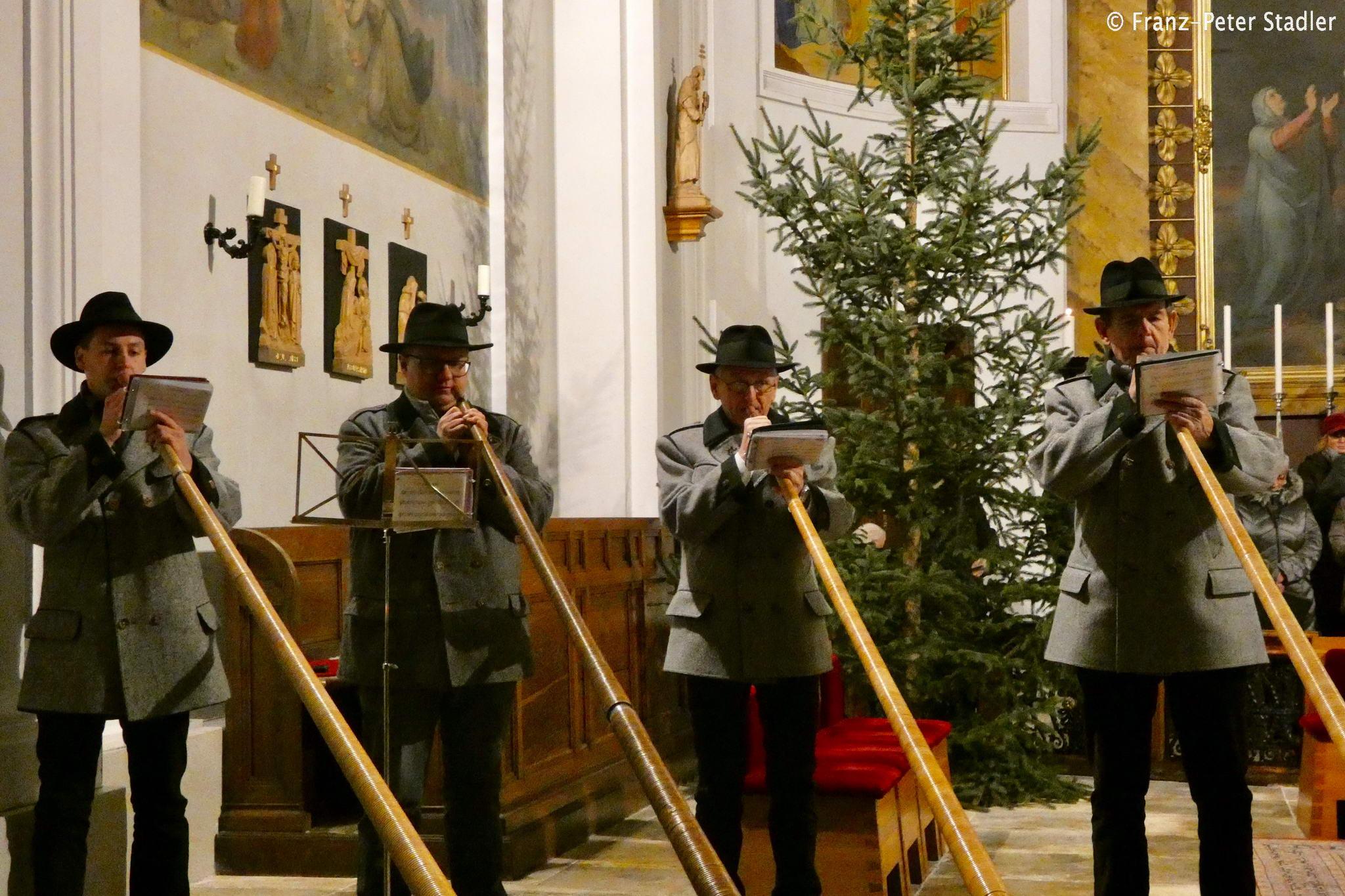 Weihnachtskekse Swing.Adventkonzert Der Liedertafel Gußwerk Fotos Und Video Mariazell Blog