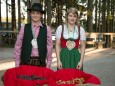 Jakob und Kerstin verteilen Pirker Lebkuchenkostproben  / Rene Rumpold - Katharina Anna Bergwelle