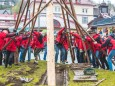 1. Mai 2016 – Traditionelles Maibaumaufstellen in Mariazell