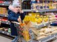 Einkaufsmodel Marie | nah-frisch-gusswerk-umbau-neueroeffnung-8917