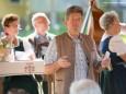 Bgm. Alfred Hinterecker begrüßt die vielen Besucher - Ötschergschichten - Lesung von Elfi Rohringer & Martin Weber musikalisch verfeinert von der Friedensteiner Stubenmusik