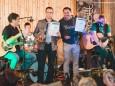 Benefizkonzert für Licht ins Dunkel: Opfekompott live in der Mariazellerbahn