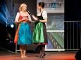 Pracht der Tracht - Aufsteirern 2011 - Patricia Kaiser und Kathi Wenusch