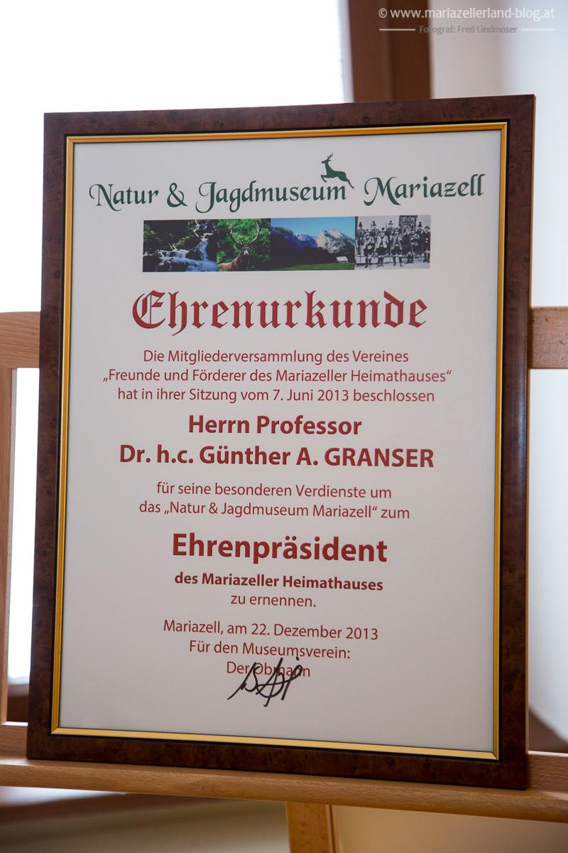 Prof. Dr. H. C. Sebastian Furz - Porno Killer