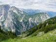 Linkes Gr. und Kl. Griesstein dahinter Gesäuse - Brunnsee auf die Riegerin - Bergtour - 3.Juli 2014