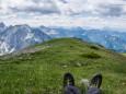 Kurze Rastpause mit Bergpanorama bevor es wieder runter geht - Brunnsee auf die Riegerin - Bergtour - 3.Juli 2014