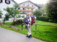 Herr Dipl.Ing. Emmerich Seidelberger begibt sich zur Unterkunft in Lunz.Mariazeller Sonntagberg Wallfahrt von 4. - 6. Juli 2015