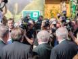 Fototermin mit Politikern -  ich habs mir einmal von hinten angesehen ;-) Steiermark Frühling 2015 in Wien am Rathausplatz