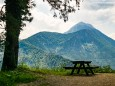 Anstieg geschafft, kurz vorm Alpenhotel ein Blick zum Ötscher - Wanderung zum Trefflingfall im Naturpark Ötscher-Tormäuer