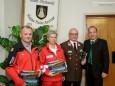 Franz Tributsch (Bergrettung), Andrea Prenner (Rotes Kreuz), Werner Svatek (Feuerwehr), Bgm. Josef Kuss