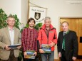 Georg Krautgartner (Alpenverein), Josef-Peter Schöggl (MUP), Adi Kopetzky (Berg- und Naturwacht), Bgm. Josef Kuss