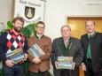 Herwig Lehner (Motorveteranenclub), Andreas Schweiger (Heimathaus), Gerhard Kleinhofer (MGV Alpenland), Bgm. Josef Kuss