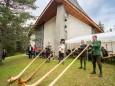 Mariazeller Alphornbläser - Weisenblasen am Hubertussee in der  Walstern 2013