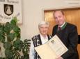 Christine Moser & Bgm. Josef Kuss - Feierliche Überreichung des Wirtschaftspreises der Stadt Mariazell