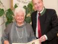 Erna Lesage & Bgm. Josef Kuss - Feierliche Überreichung des Wirtschaftspreises der Stadt Mariazell
