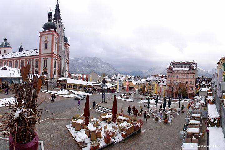 Hauptplatz in Mariazell am 26.10.2010 (Nationalfeiertag)