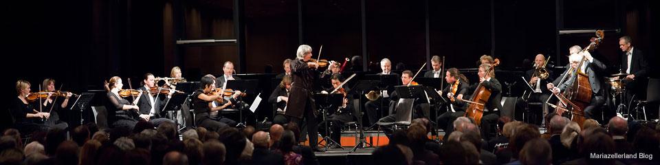 Neujahrskonzert in Mariazell 2011 - Johann Strauß Ensemble des Brucknerorchester Linz