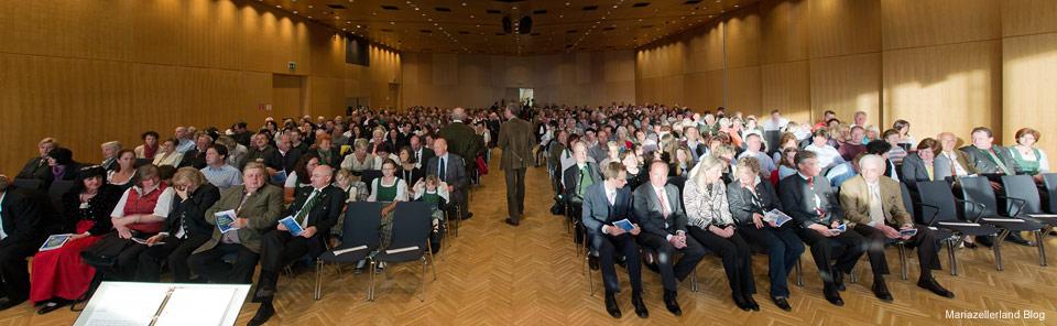 Publikum beim Osterwunschkonzert der Stadtkapelle Mariazell