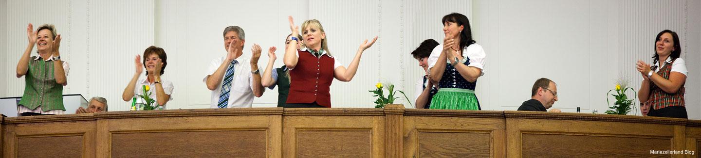 Raiffeisensaal Generalversammlung - Stimmung auf den Logenplätzen