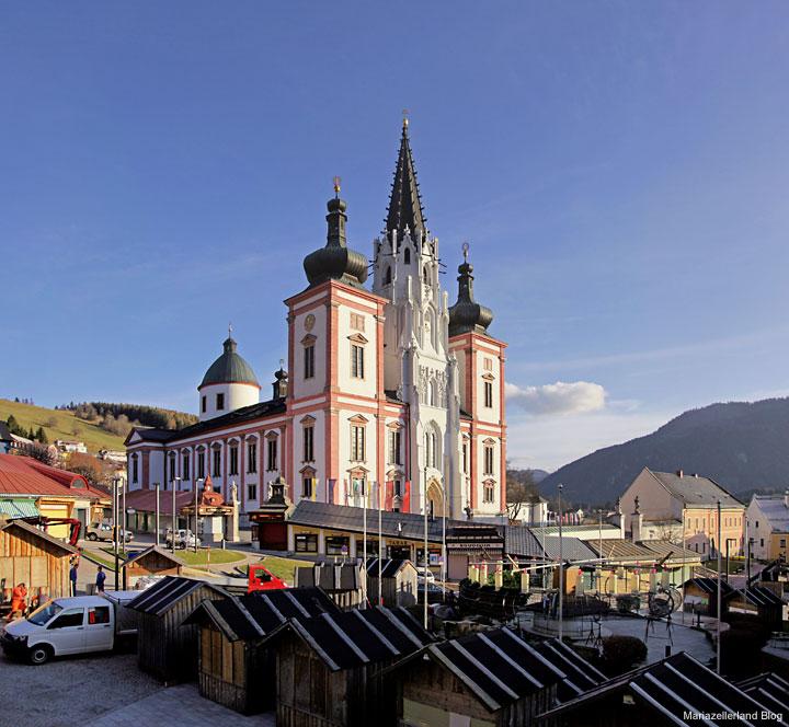 Mariazell-Basilika-Hauptplatz
