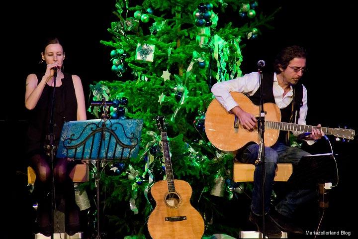 Papermoon - Edina Thalhammer & Christof Straub beim Mariazeller Advent 2011