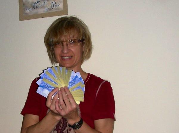 Dagmar Stromminger - Gewinnerin von 500.- Zeller Euro bei der Parkscheinverlosung