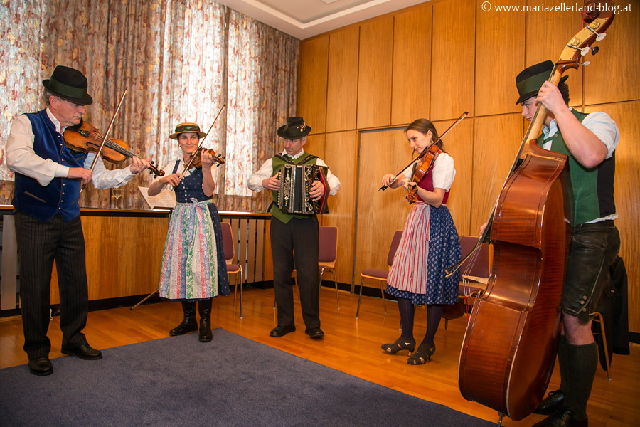 Citoller Tanzgeiger bei der Ehrenbürgerschaft von Matthias Pirker