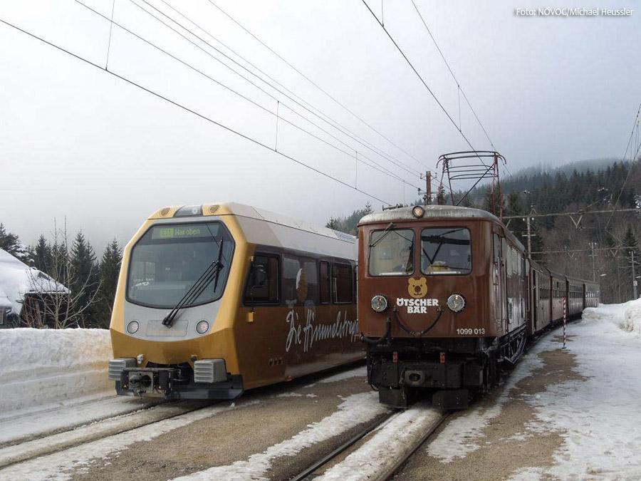 Himmelstreppe und Ötscherbär - ET1 aus 2012 und 1099.013 aus 1911 - Mariazellerbahn - NÖVOG/Foto: Michael Heussler
