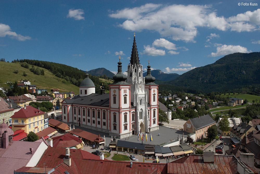 Mariazeller-Basilika-Kranaufnahme-(c)-Foto-Kuss