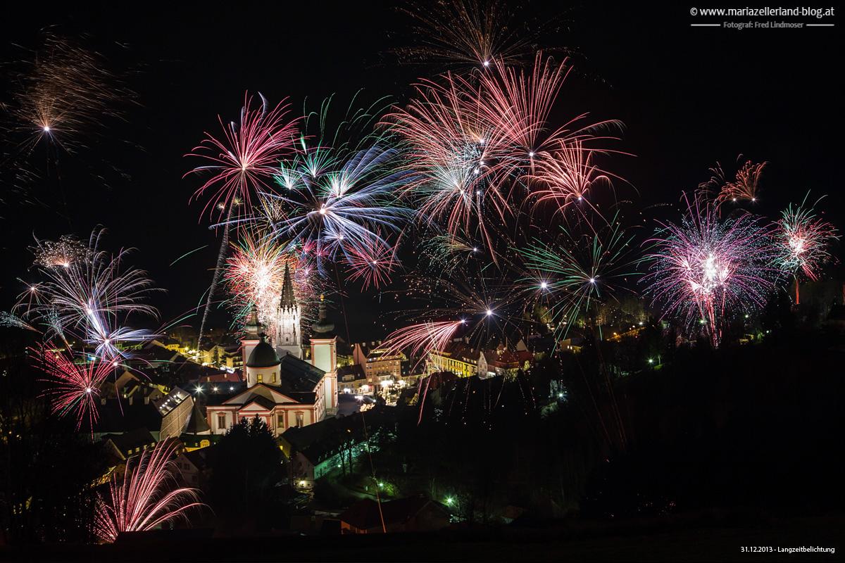 Mariazell-Basilika-Feuerwerk-Silvester-2013