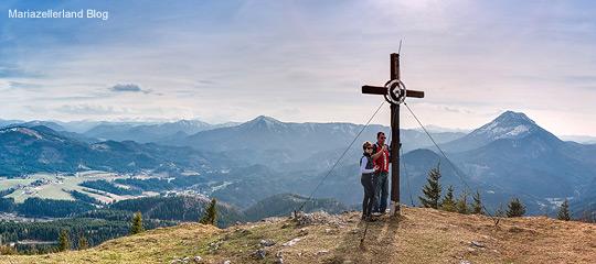 Hochstadelberg-Ausblick-Panorama-Titel